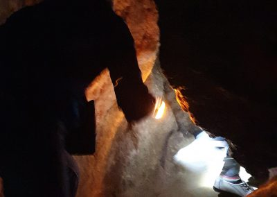Пещерные Люди 9