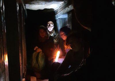 Пещерные Люди 28